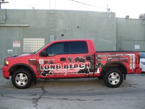 vehicle-wraps-vs-air-brushing