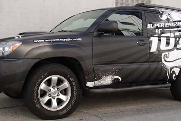 Truck-Wraps-&-Graphics-Super-Estrella-107