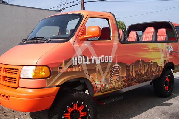 Van-Wraps-Hollwood-Tour